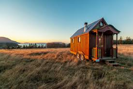 tiny house (tinycentral.com)